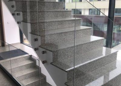 Balustrada din sticla